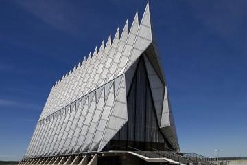 11-800px-Air_Force_Academy_Chapel,_Colorado_Springs,_CO_04090u_original